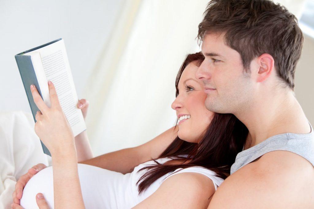 Pregnant Mom Reading